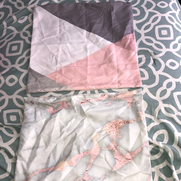 Accessories - Pink&Gray Pillow CasesNWOT!‼️BOGO‼️